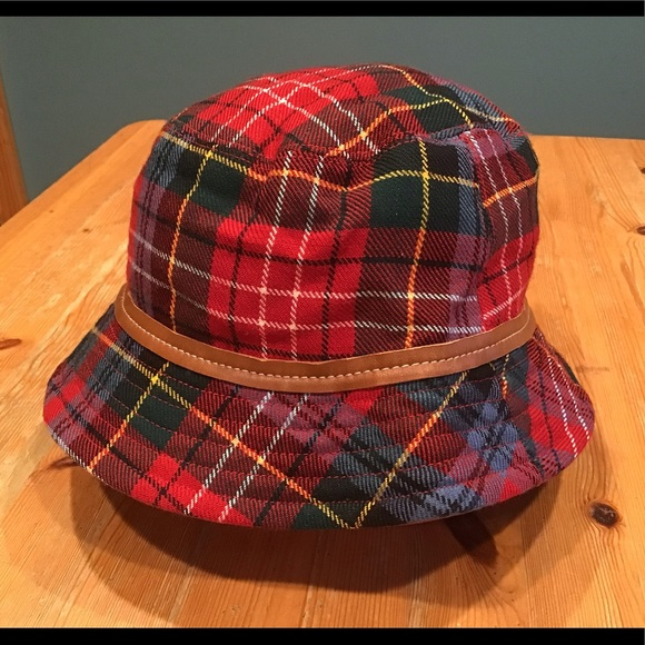 Coach Accessories - 🔥Genuine vintage COACH bucket hat - leather trim